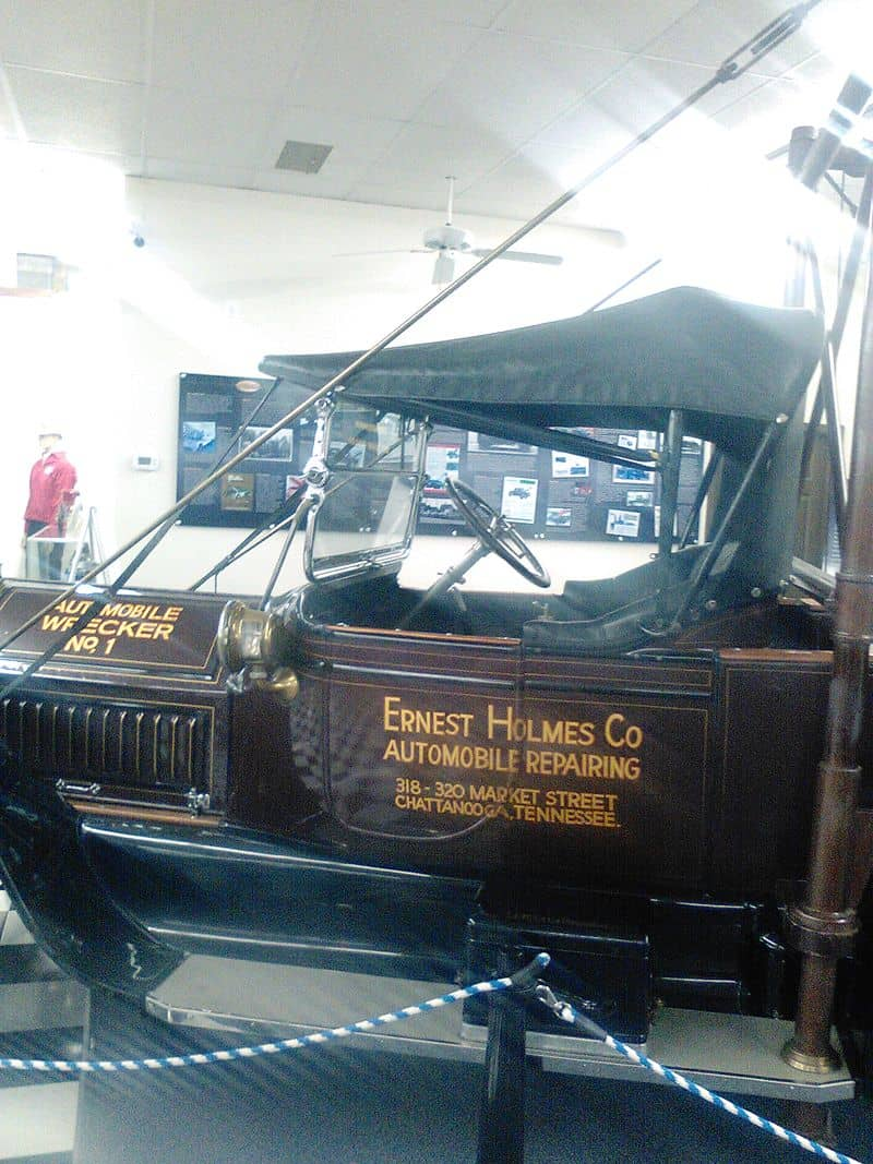 History of the Tow Truck